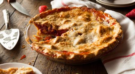 strawberry rhubarb pie delicious bake recipe make at home eat fresh fruit