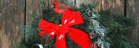 tis-the-season-your-holiday-decor-checklist-header-wreath