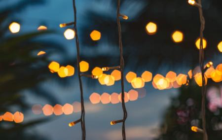 tis-the-season-your-holiday-decor-checklist-lights